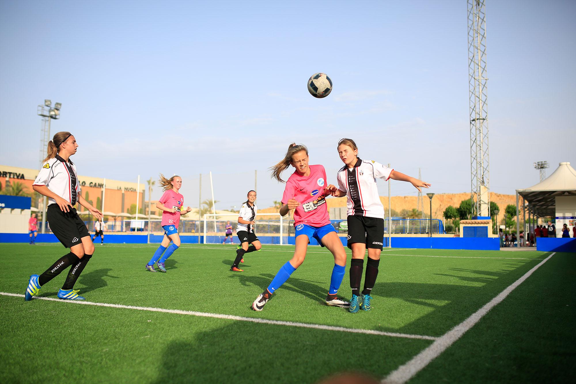 Utvalda ungdomsfotbollsturneringar 2019 i Europa